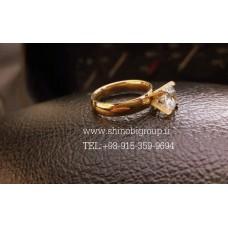 حلقه طلایی نگین دار